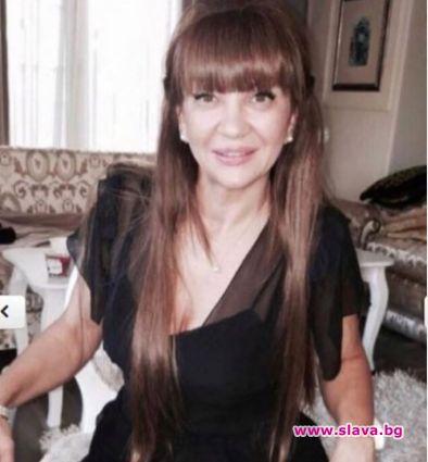 Майката на Отварачката в топ форма и на 54