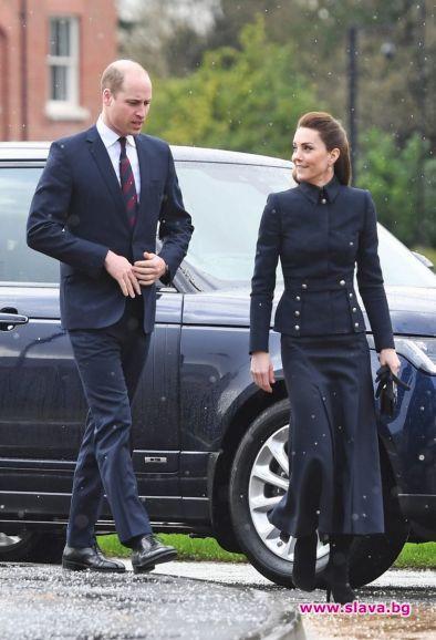 Кейт и Уилям координираха тоалетите си