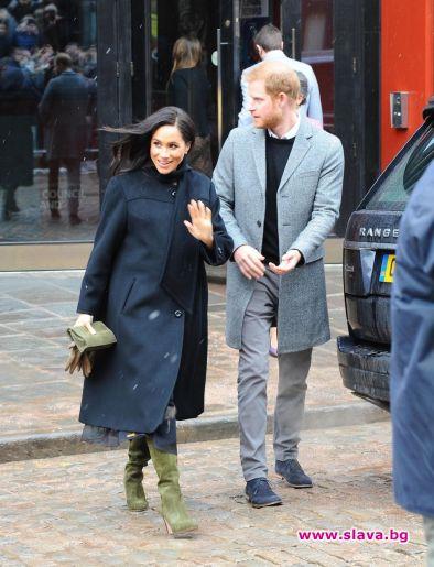 Меган и Хари се завърнаха във Великобритания