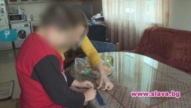 13-годишно дете от Сливен едва не погълна парче дърво в хляб