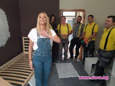 Емилия се включва в Бригада Нов дом