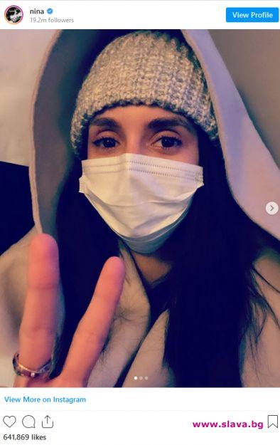 Нина Добрев с дарение за предпазни маски