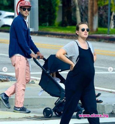 Клюкарката Лейтън Мийстър е бременна