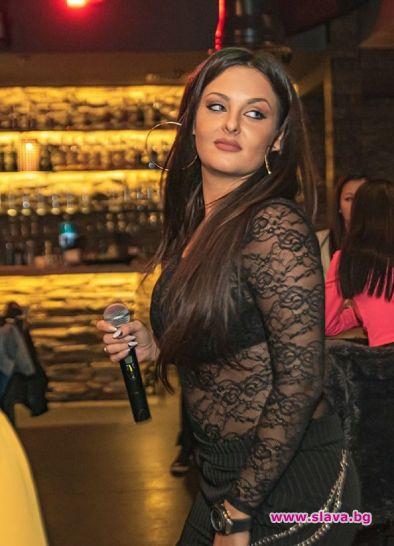 Симона Загорова: Не ми пука, че ме мислят за дебела