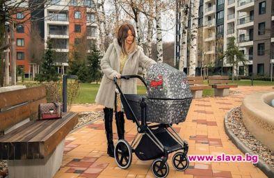 Гущерова ще крие дъщеря си до сватбата