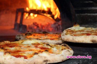 Тестото за домашната пица да престои 2-4 дни в...