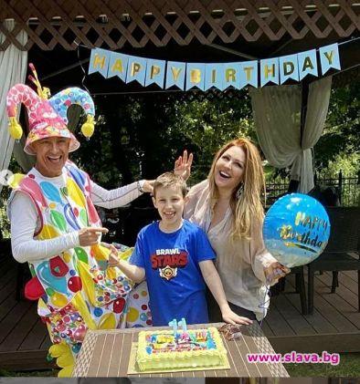 Рени отпразнува рождения ден на сина си с парти за 10...