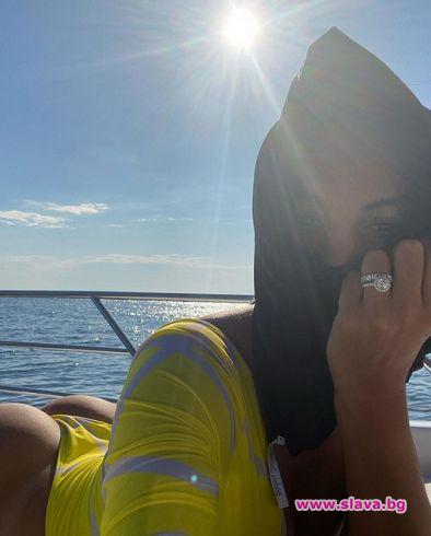 Джорджина Родригез показа огромен пръстен, но дали е...
