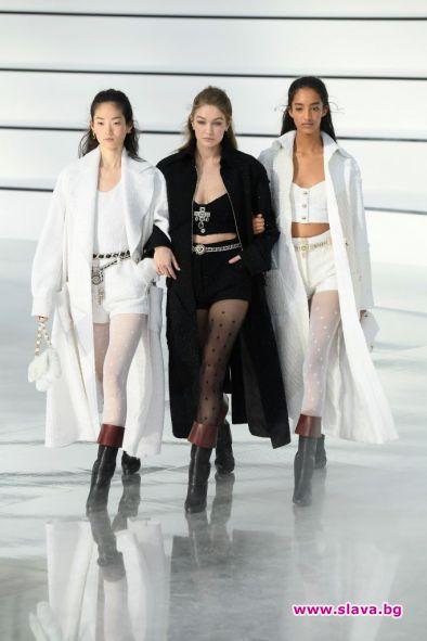 Виртуални модни дефилета от Париж това лято