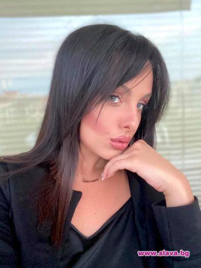 Симона Загорова: Майка ми още ме държи изкъсо