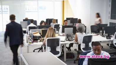 Новият тренд-хибрид между работа от вкъщи и офиса