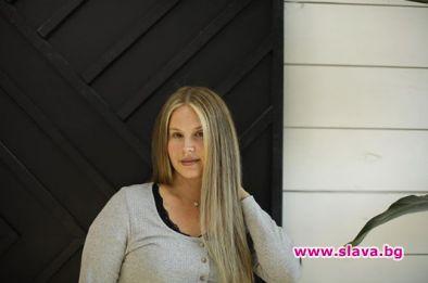Лана Дел Рей неузнаваема като блондинка