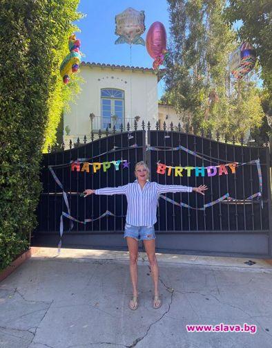 Мелани Грифит със специална изненада за рождения си...