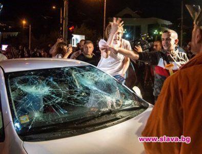 Децата до 2.45 ч. в счупената на Ситняково кола, никой...