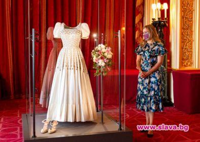 Принцеса Беатрис с още подробности за сватбената си...