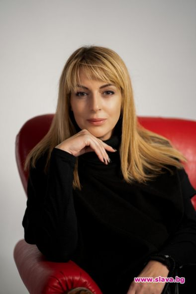 Яна Борисова с първи роман