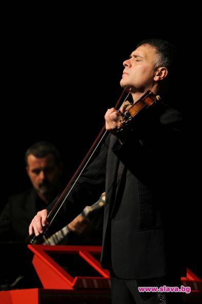 Не пропускам концерт на Васко Василев през последните три години.
