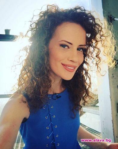 Популярната ТВ синоптичка и моделка Гергана Малкоданска чака бебе през