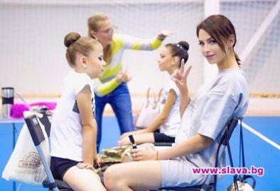 Бившето златно момиче Цвети Стоянова се върна в залата по