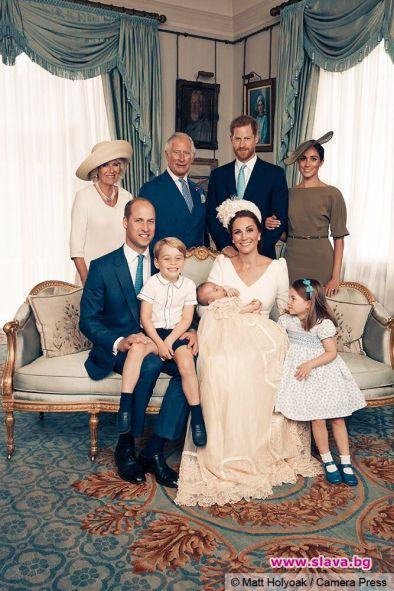 Представители на двореца Кенсингтън публикуваха новите официални снимки на кралското