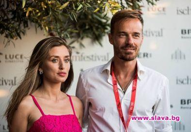 Макар и официално разделени, Ники Илиев и Саня Борисова показаха,