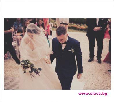 С много голям корем манекенката Глория Петкова се омъжи. Моделката