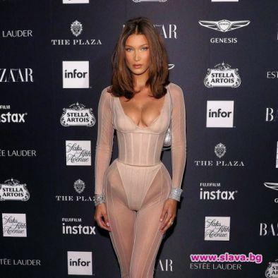 Американският топ модел Бела Хадид посети партито на Harper`s Bazaar