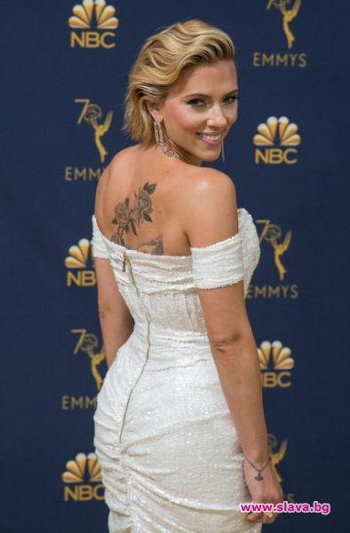 Новата татуировка на Скарлет Йохансон направи своя светски дебют на