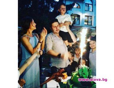 Актрисата и модел Диляна Попова заедно с Асен Блатечки организираха