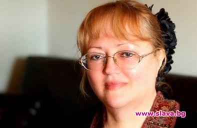 Наглед невинната и с поглед на божа кравичка Ваня Костова