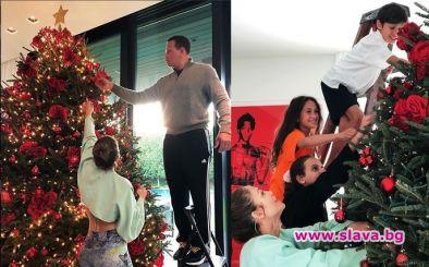 Декември месец е пълен с коледно настроение, подаръци и разбира