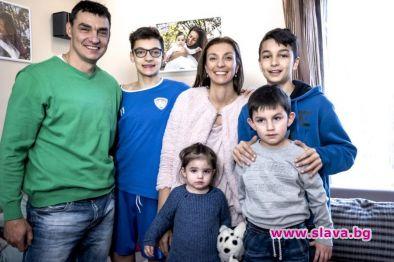 Спортната звезда Владо Николов се разделя със съпругата си Мая.Двамата