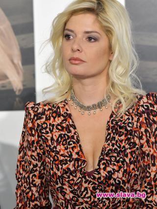 Александра Сърчаджиева споделя тежките емоции след смъртта на съпруга ѝ