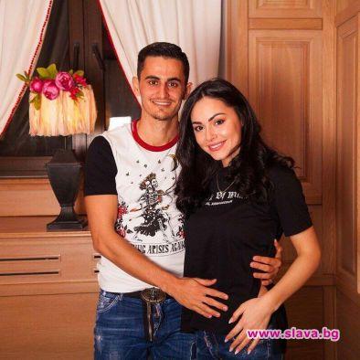 Футболният национал Георги Костадинов и носителката на титлите Мис Вселена