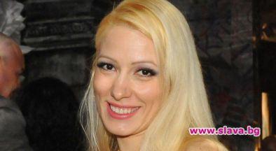 С изключително звезден дебют се хвали актрисата Деси Бакърджиева. Чаровната