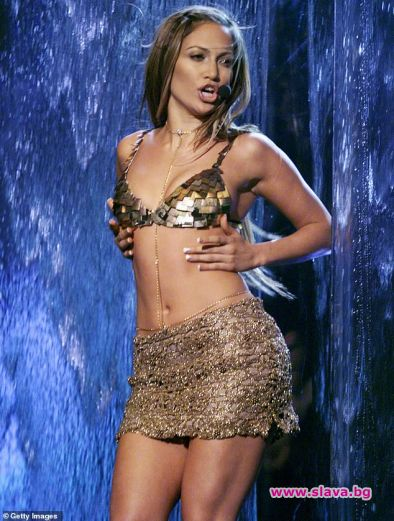 Дженифър Лопес е известна със заоблените си форми. Но когато
