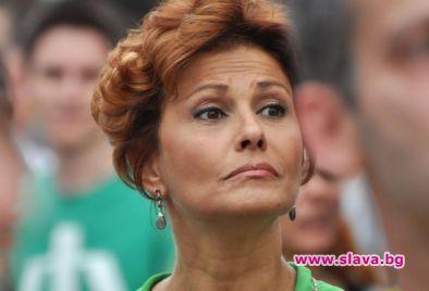 Певицата Камелия Воче е станала продавачка на пазара, разкри издателят