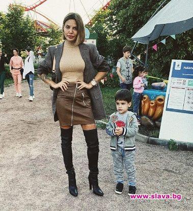 Благой Георгиев пропусна рождения ден на сина си Елай.Хлапето на