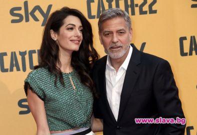 Снимка: Джордж Клуни възнамерява да продава италианско сирене