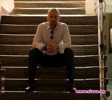 Актьорът Юлиан Вергов участва без хонорар във филма, посветен на