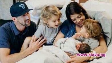 Майкъл Фелпс стана татко за трети път. Съпругата на американския