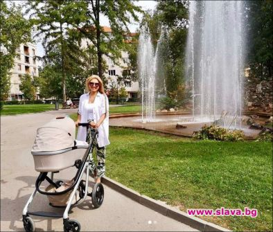 Актрисата и певица Йоана Драгнева дори и в майчинство не