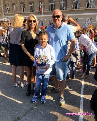 Венета Райкова и бившият ѝ съпруг Тихомир Георгиев изпратиха заедно
