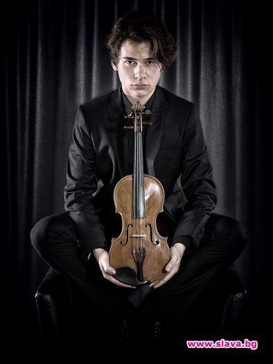 """""""Моята цигулка носи велика енергия"""", сподели наскоро в интервю за"""
