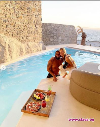 Снимка: Азис на райска ваканция в Миконос