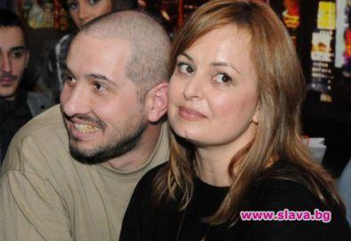 Бившата ТВ водеща Мариана Векилска сама е поискала синът й