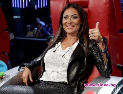 Сръбската певица Светлана Ражнатович, позната като Цеца Величкович, ще става