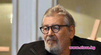 Стефан Данаилов е излязъл от медикаментозната кома, като дори вече