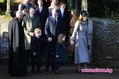 Принц Джордж (6 г.) и принцеса Шарлот (4 г.) дебютираха