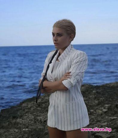 """Бившата репортерка от """"Господари на ефира"""" Ева Веселинова, която е"""